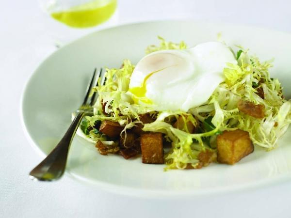 Frisee Salad Lyonnaise
