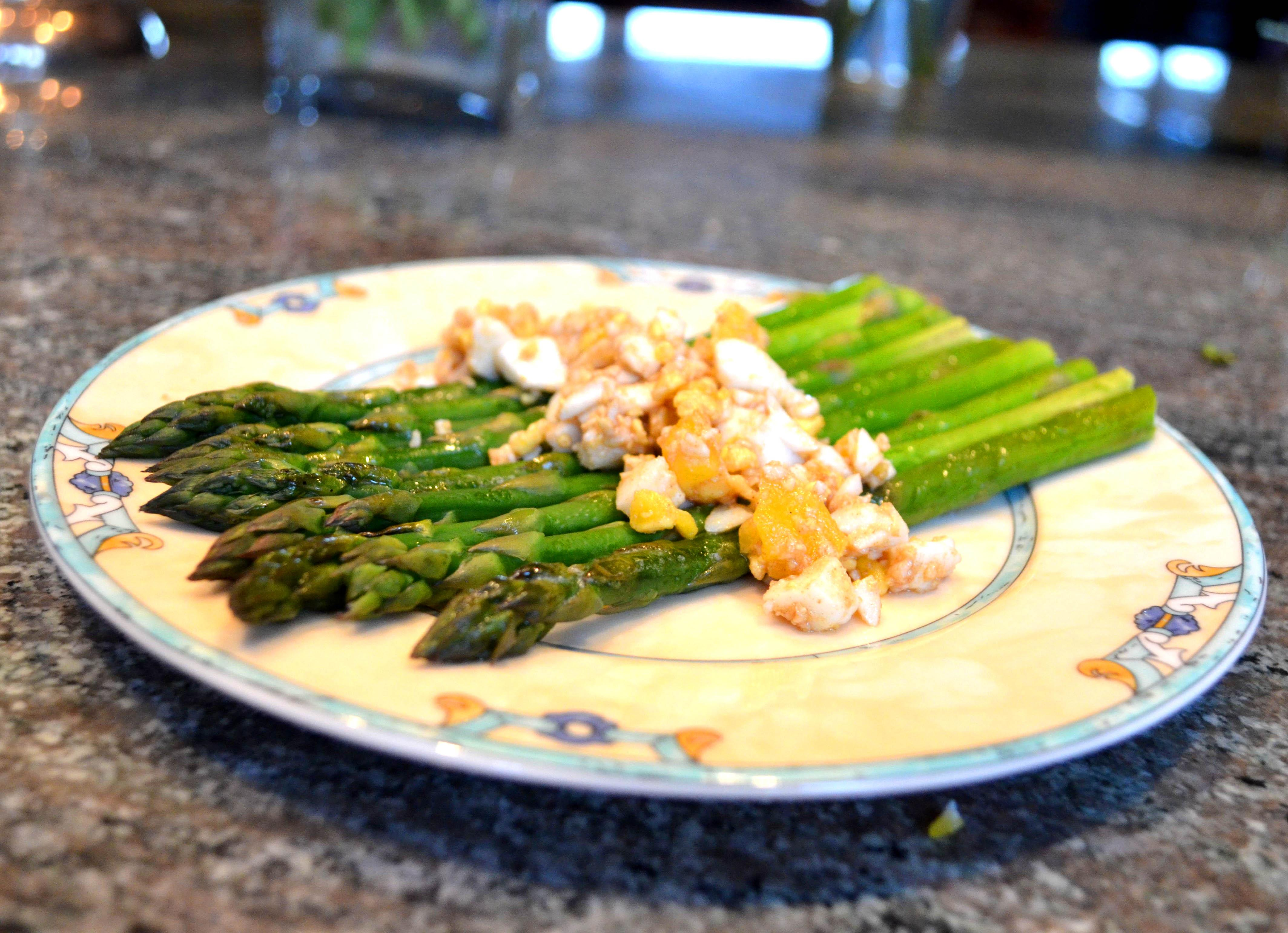 hard cooked eggs with brown butter and asparagus