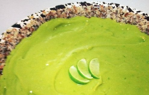 closeup of Vanessa's healthy key lime pie with three thin slices of lime on top