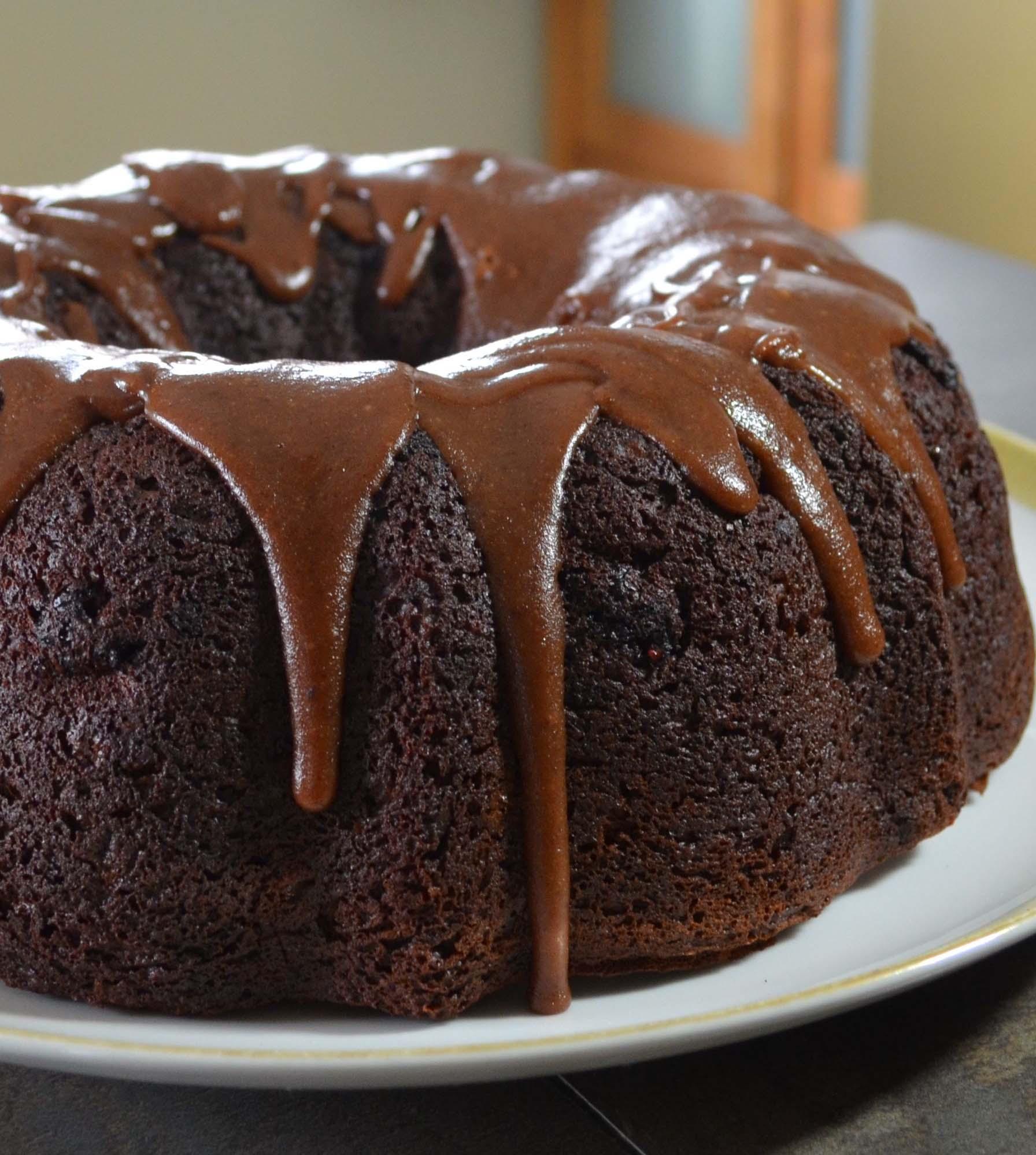 romance chocolate cake recipe from EatSomethingSexy.com