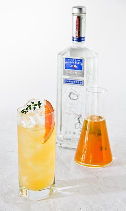 thyme gin fizz cocktail recipe