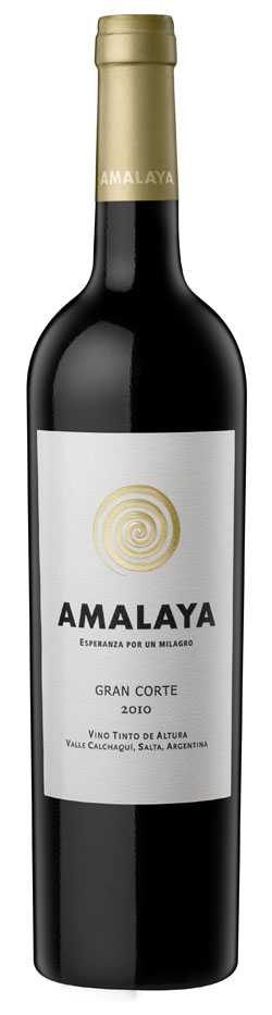 Amalaya | Woman on Wine