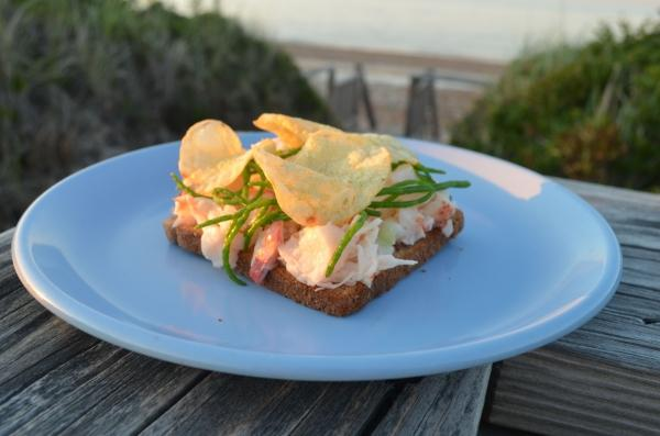 the perfect lobster sandwich
