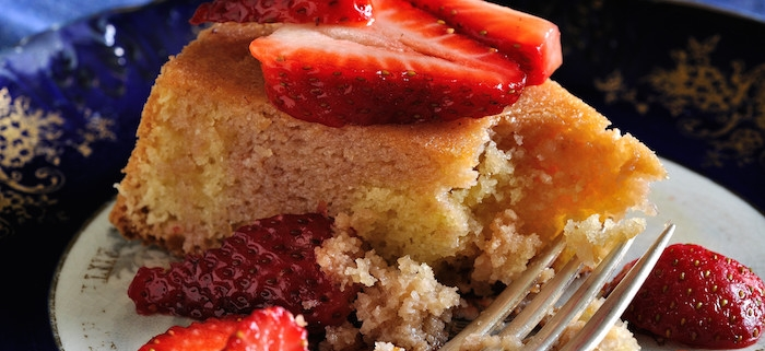 Almond Cake with Balsamic Strawberries