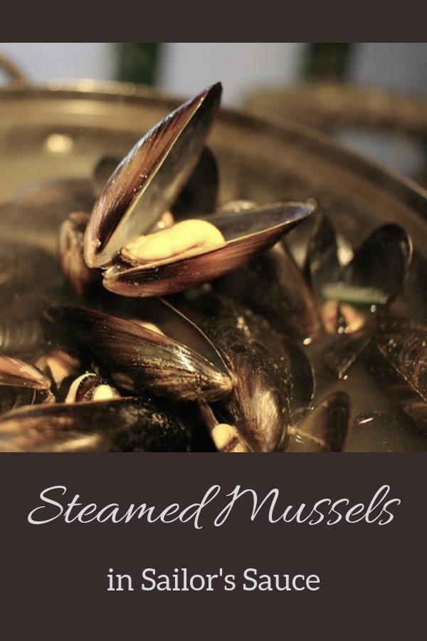 Spanish Steamed Mussels Pinnable Image