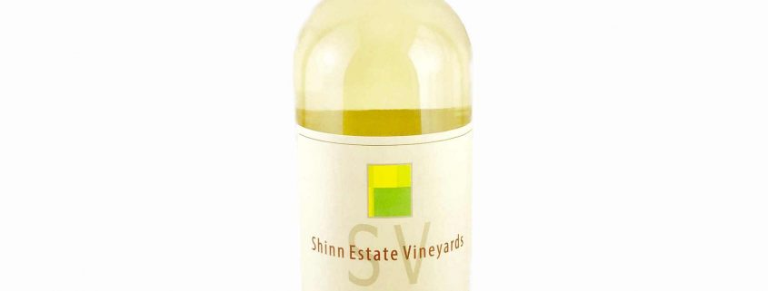 Fall in Love with this Juicy White Wine Blend from New York's North Fork 2