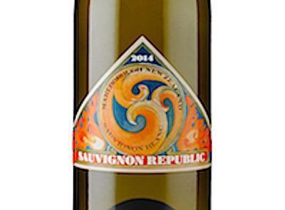 Label shot of Sauvignon Republic Sauvignon Blanc